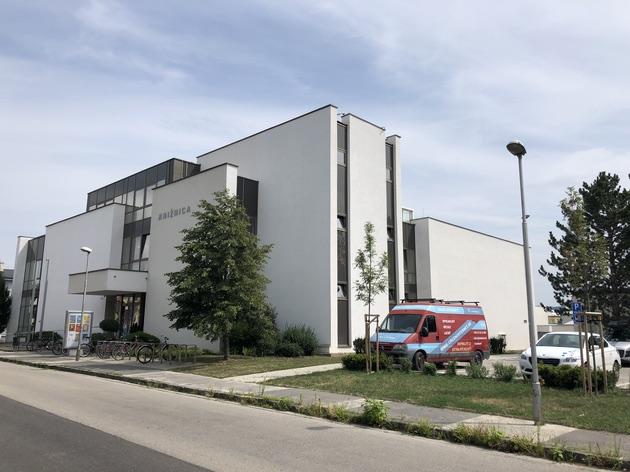 Knižnica Piešťany